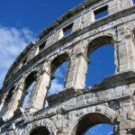 Jedziemy do Chorwacji na dowód – jaką kupić polisę turystyczną?